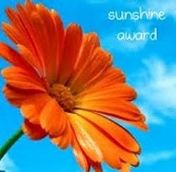Sunshine Award Nails